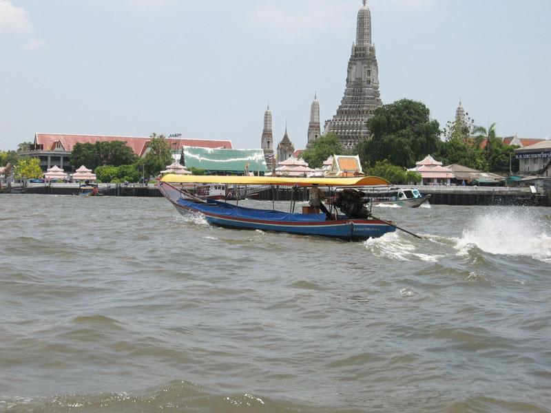 покататься на лодке в бангкоке