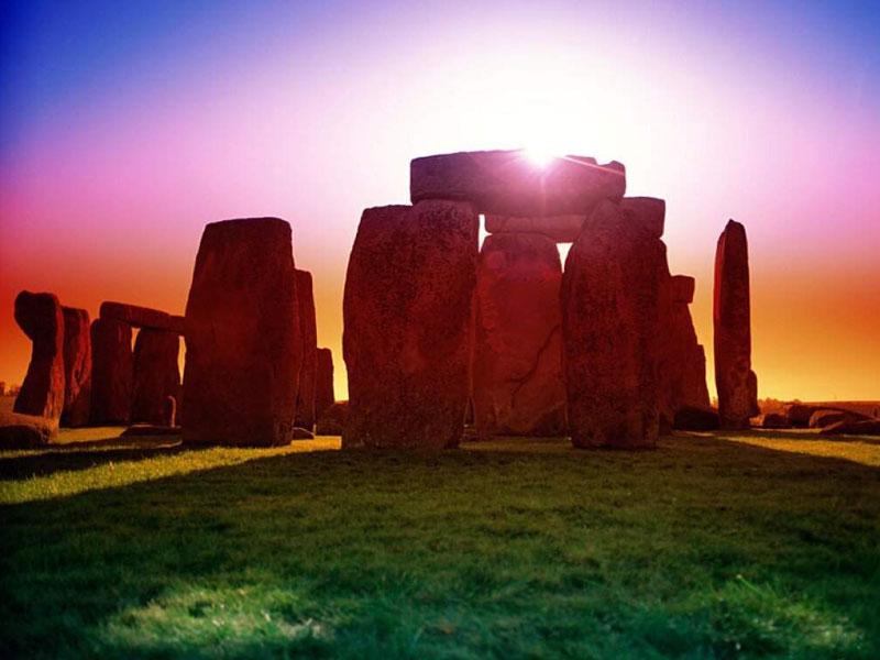 Время разбрасывать камни и время собирать камни.